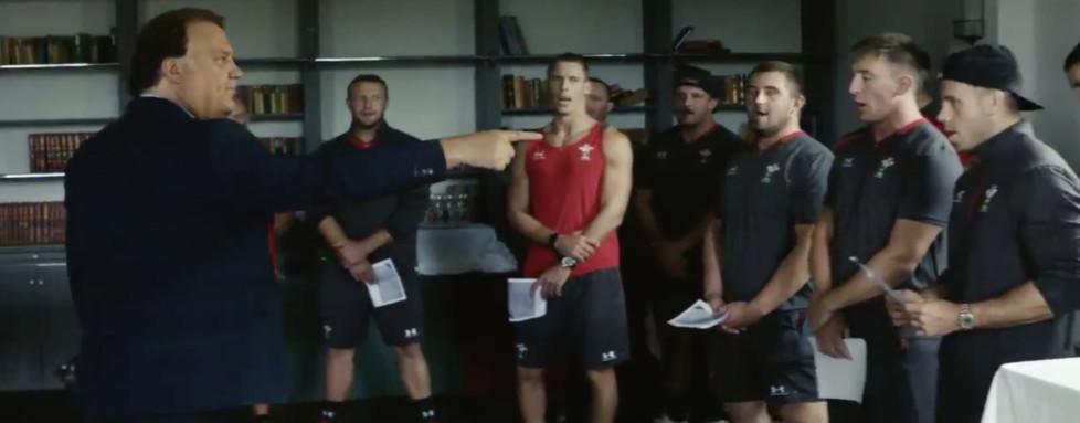 """Résultat de recherche d'images pour """"bryn terfel wales rugby team radio classique"""""""